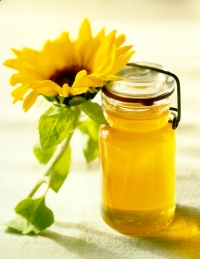 Buzzworthy News: Honey Ranks as Americans' Preferred Sweetener